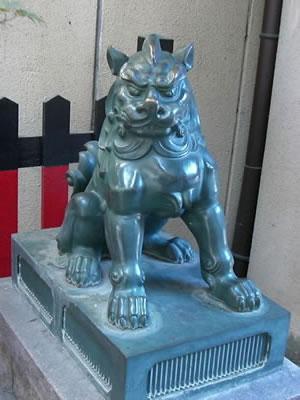 蛸薬師堂 唐獅子